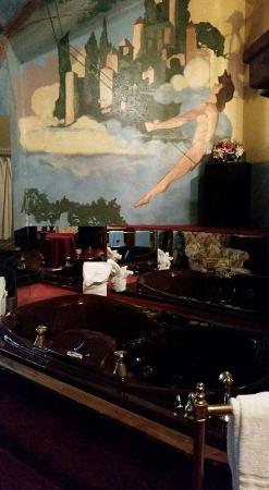 Rogue's Manor: Maxfield Parrish room