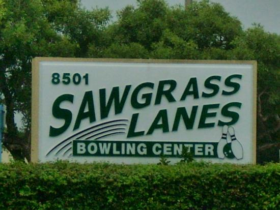 Photo of Bowling Alley Sawgrass Lanes at 8501 N University Dr, Tamarac, FL 33321, United States