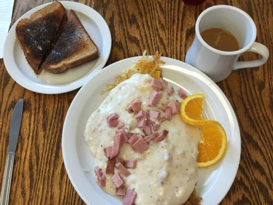 Warrenton, OR: The Hobo - scrambled eggs, hash browns, Gravy and ham. The toast was a little overdone.