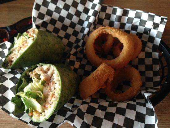 Coyote's Dockside Cafe & Pub: Seafood Wrap would rate 4 out of 5
