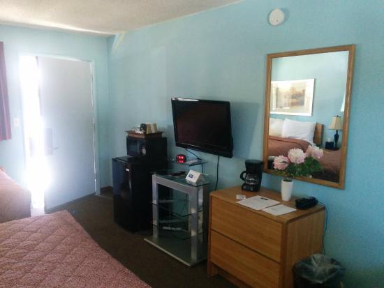 Rodeway Inn & Suites: Room 114