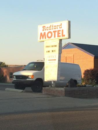 Redford Motel : We stayed in the room facing the street above the office.
