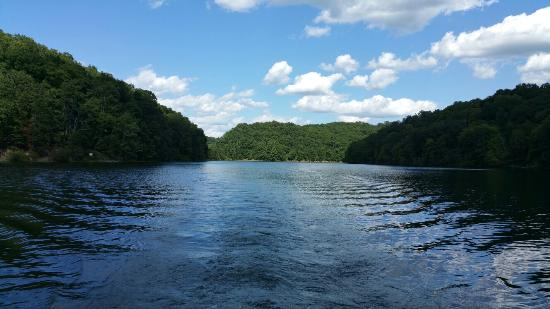 Greenup, KY: Rented a pontoon and spent a few hours on the lake fishing and relaxing.