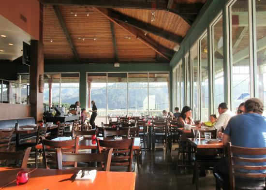 Inside Dining Puerto 27 Pacifica Ca