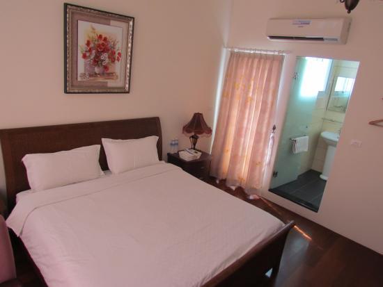 Full Sun House: The bed