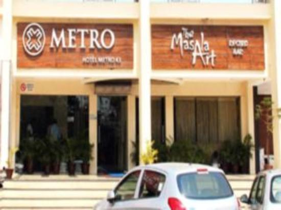 Hotel Metro 43: view of metro 43