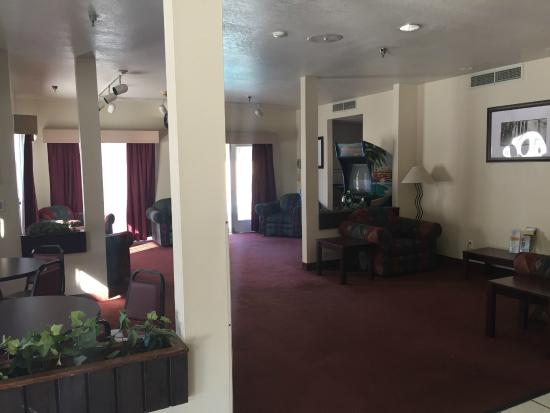 Americas Best Value Inn Yosemite-Oakhurst: Common area