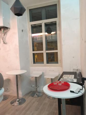 Habana's Design: The common area, pay for drinks. Room 103, the smallest room in the b&b and its toilet
