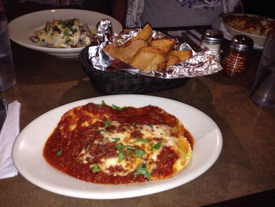 Joe's Cheese Ravioli with Meat Sauce - Sonny's Pizza & Pasta of San Clemente