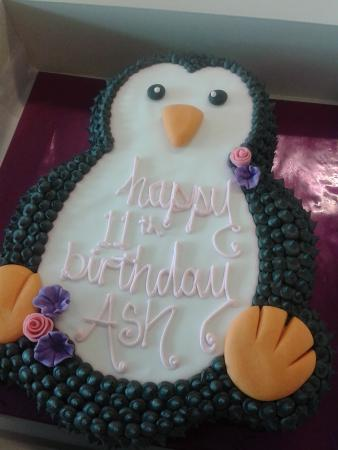 Fabulous Penguin Cake Picture Of Clares Cakes Plettenberg Bay Funny Birthday Cards Online Aeocydamsfinfo