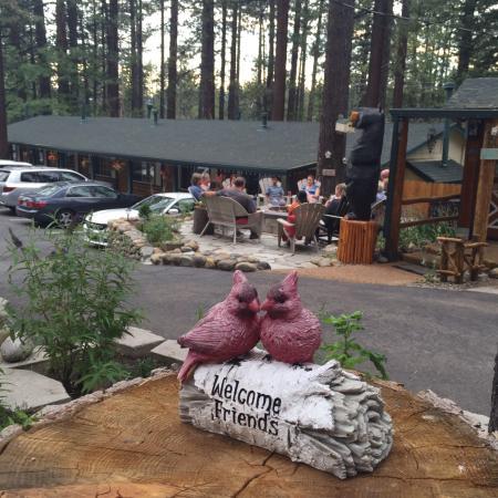 Heavenly Valley Lodge Bed & Breakfast: photo2.jpg
