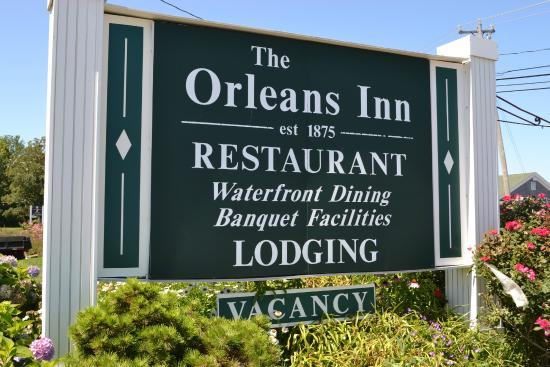 Orleans Waterfront Inn: Orleans Inn Sign - Welcome Guests