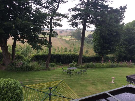 The Spinney Country Guest House: Lovely view from the room and very helpful hosts