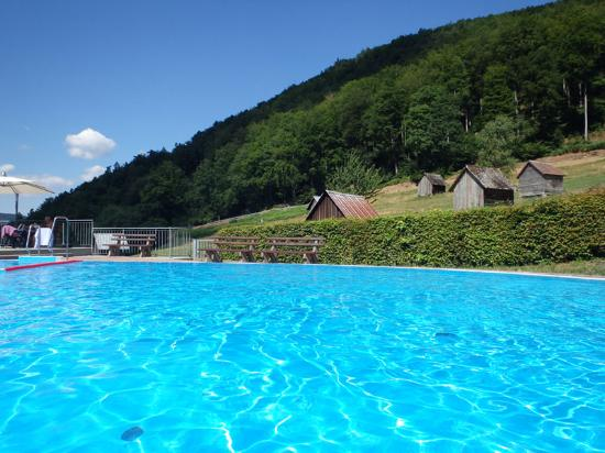 Outdoor pool 15 minutes drive away from the site picture of camping muellerwiese for Camping sites with swimming pools