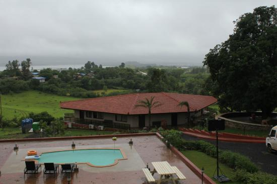 JenJon Holiday Homes - Igatpuri