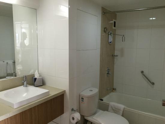Pacific Hotel Cairns: Banheiro
