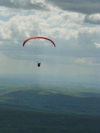 Millerton, estado de Nueva York: Become a paragliding pilot in New York.
