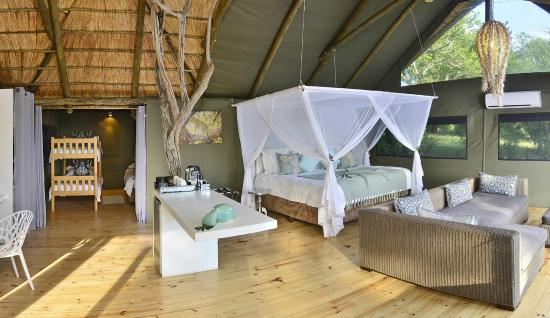 Victoria Falls River Lodge - Zambezi Crescent: Luxury Family Suite - showing adjoining childrens' alcove