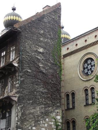 Jewish Life Of Budapest