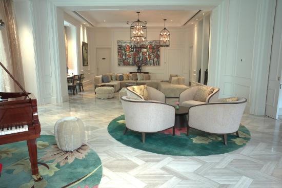 Hotel Des Arts Saigon Mgallery  163    U03361 U03369 U03367 U0336