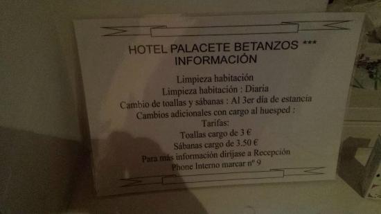 Hotel Villa de Betanzos: Nunca cambiaron las sábanas, ni al día 4...