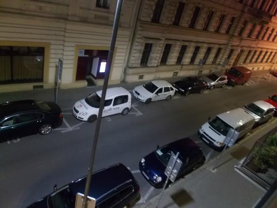 Hotel Avance: You do not hear the traffic