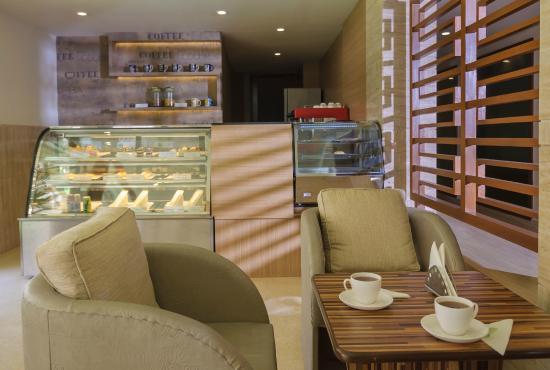 Nanutel Margao Hotel: Coffee Shop