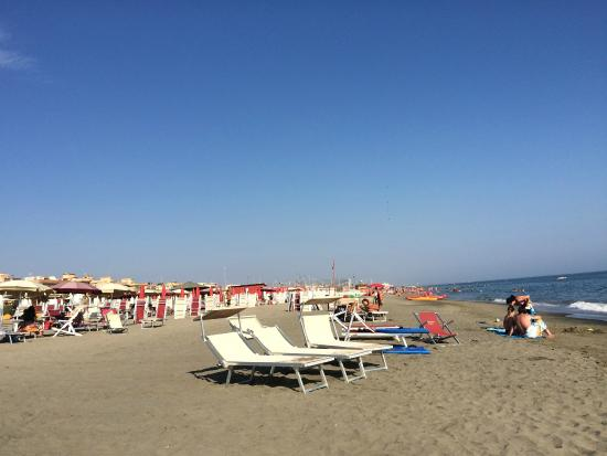Battistini Beach