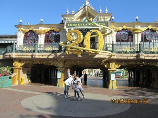 Santa Fe Hotel Disneyland Paris Room Amenities