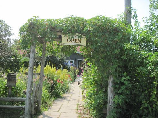 Garden's Gate Restaurant: Garden Gate restaurant