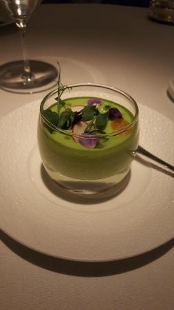 Restaurant Gordon Ramsay: Pea puree with mint
