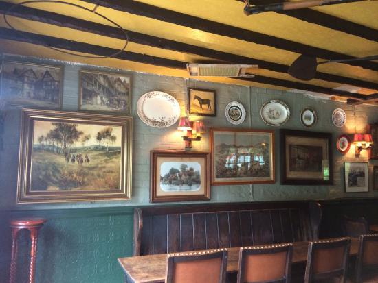 The pub that time forgot...bring cash!