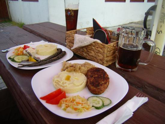 Bavaria Pub: Both of the above, and beer