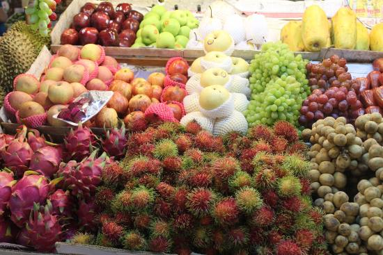 سوق بانزان للمنتجات الطازجة