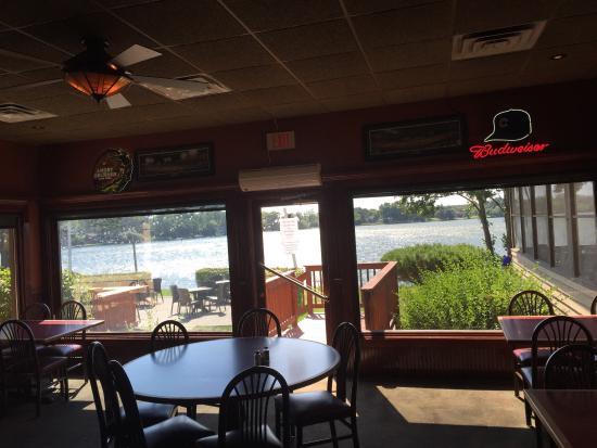 Rj S Eatery Lindenhurst Restaurant Reviews Phone Number Photos Tripadvisor