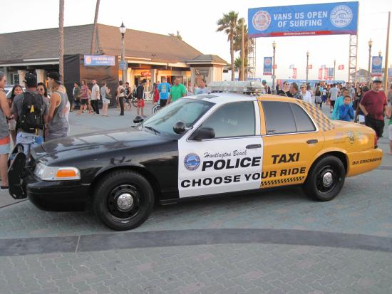 Duke S Huntington Beach Police Dui Down Outside Dukes In Huntingdon 28 July