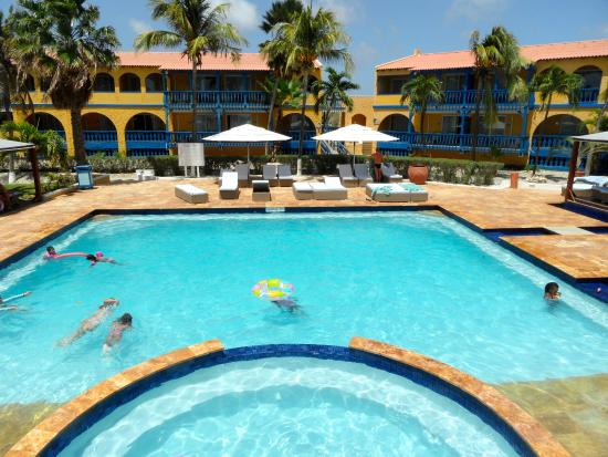 Divi Flamingo Beach Resort And