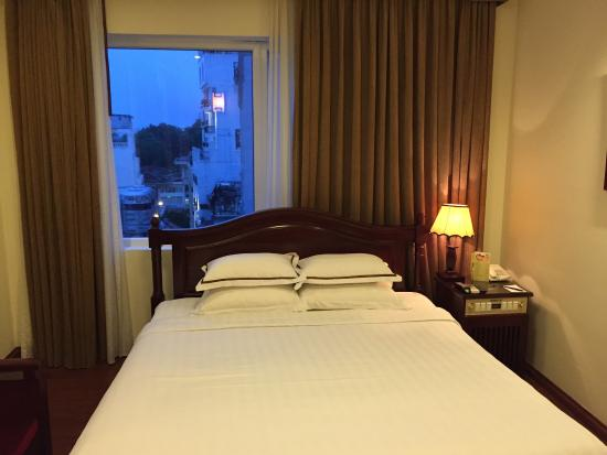 Hanoi Imperial Hotel: Great hotel! Hospitality great, room clean, toiletries great, safe, comfortable bed great views.