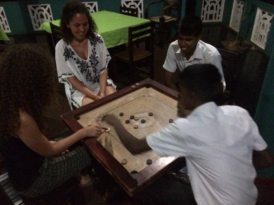 The Lion Rock Hotel: Played a Sri-Lankan game with the waiters, had a lot of fun!