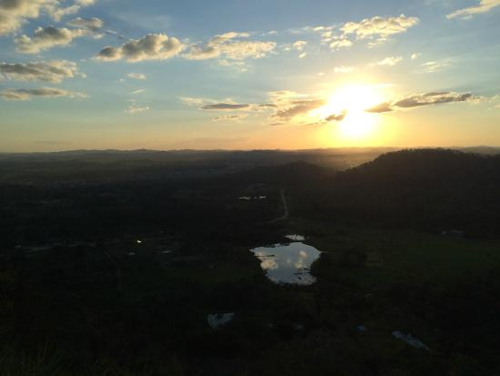 Ouro Preto Do Oeste, RO: Por do sol no mirante do Morro da Embratel