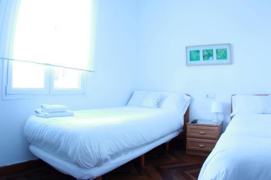 Zubia Urban Rooms: Habitacion de 2 camas