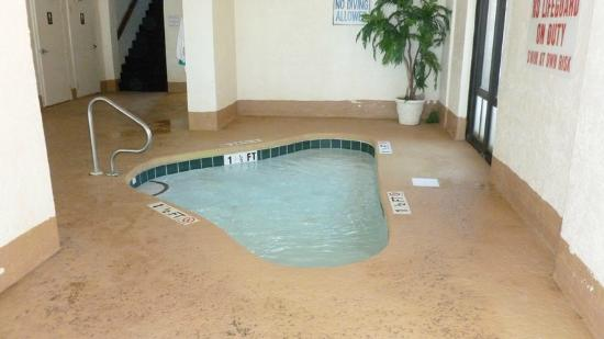 The Palms: Baby pool