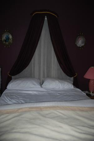 A Small World B&B: Milner Room