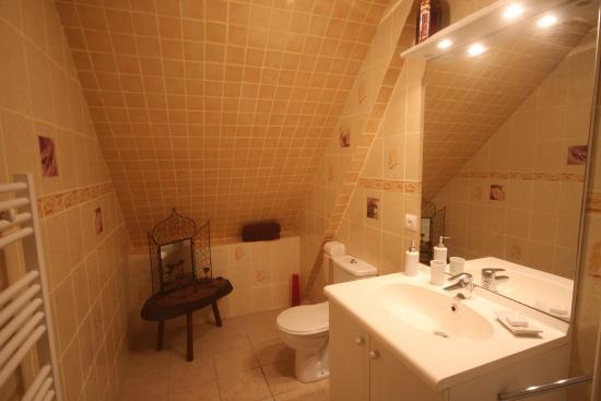 la maison du bonheur salle de bain chambre les temps modernes