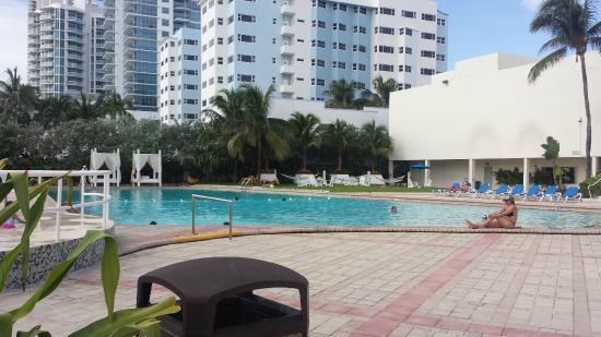 pool area picture of deauville beach resort miami beach. Black Bedroom Furniture Sets. Home Design Ideas