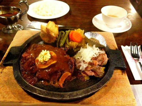 Uddosutokku: Combo plate of Duck and Beef aside with boiled vegetables