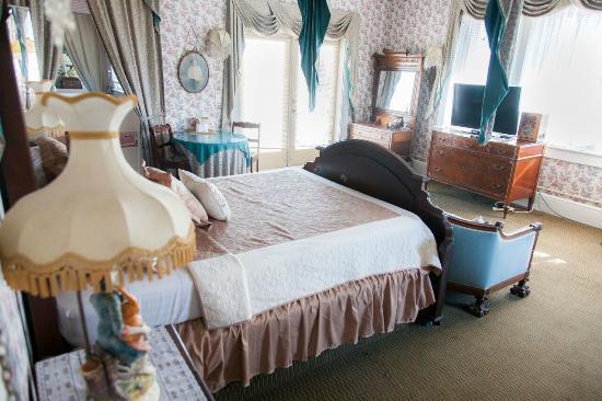 Topaz Hotel Motel Room 311