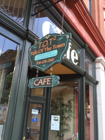 Talk of the Town: Great place for lunch