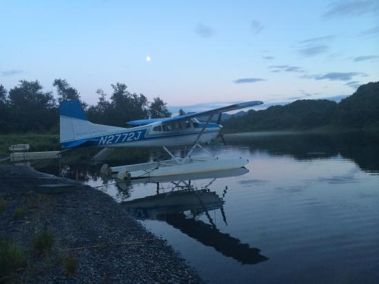 Saltery Lake Lodge: The float plane you fly in on.