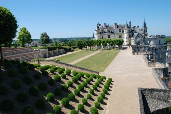L 39 interieur picture of chateau d 39 amboise amboise for Jardin d interieur